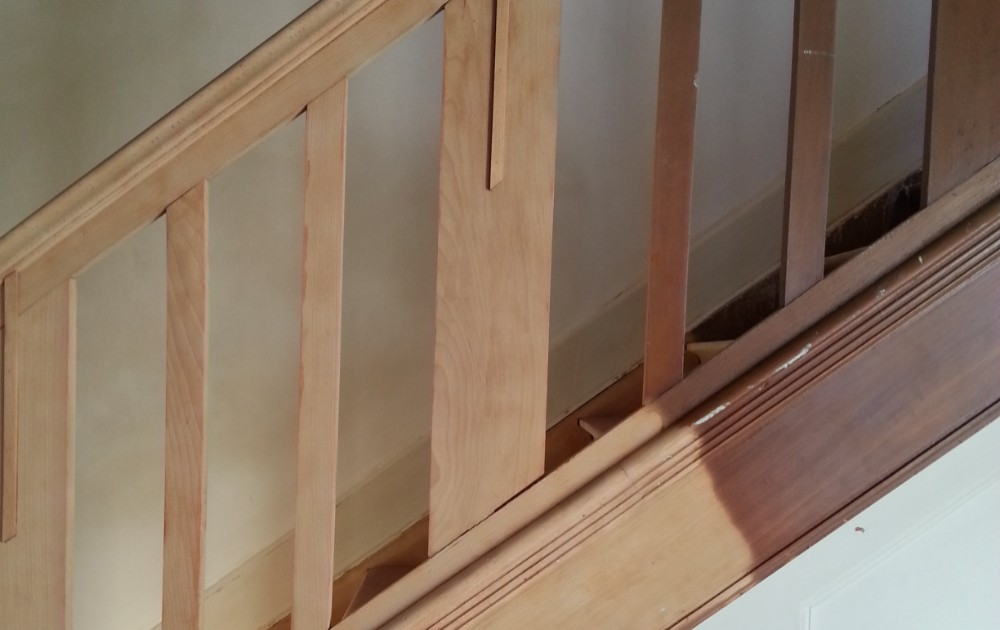 avant-apres-aerogomage-escalier